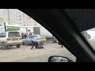 Суровый ижевский пешеход